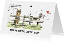 Verjaardagskaarten in de wei staat een koe