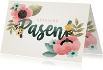 Vrolijke Paaskaart met bloemen en gezegend Pasen!