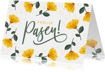 Vrolijke strakke paaskaart met gele bloemen en vrolijk pasen