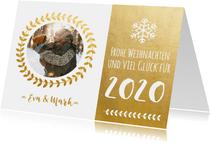 Weihnachtskarte goldener Kranz mit Jahreszahl