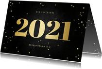 Zakelijke kerstkaart met gouden 2021 en sterren