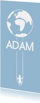 Adoptionskarte Junge auf Schaukel & Weltkugel