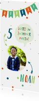Einladung zum Kindergeburtstag fröhlich-blau