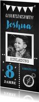 Einladung zum Kindergeburtstag Schnitzeljagd blau