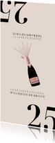 Hippe jubileumkaart medewerker 25 jaar met champagnefles