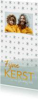 Hippe kerstkaart met gouden letters, foto en sterren