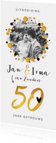 Jubileumkaart 50 jaar getrouwd met confetti en eigen foto