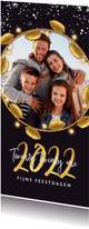 Kerstkaart luxe goud 2022 fijne feestdagen bladeren foto