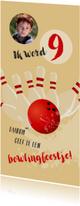 Kinderfeestje bowlingbal en kegels