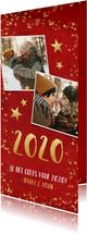 Langwerpige dubbele rode nieuwjaarskaart met gouden sterren