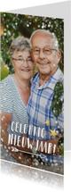 Langwerpige nieuwjaars fotokaart met wit en gouden confetti