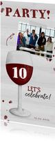 Partyeinladung mit Foto und Rotweinglas