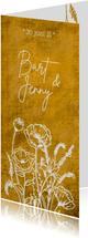 Romantische stoere oker-gele trouwkaart met wilde bloemen