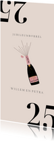 Stijlvolle jubileum uitnodiging met champagne