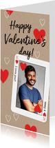 Stoere valentijnskaart met fotokader van hartenkoning