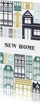 Verhuiskaart 'NEW HOME' met geïllustreerde huizen