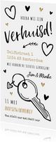 Verhuiskaart verhuisd tekeningen sleutel en gouden hartjes