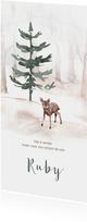 Winters geboortekaartje met bomen en een klein hertje