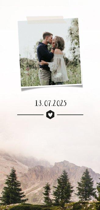 Einladungskarte zur Hochzeit mit Foto im botanischen Look 2