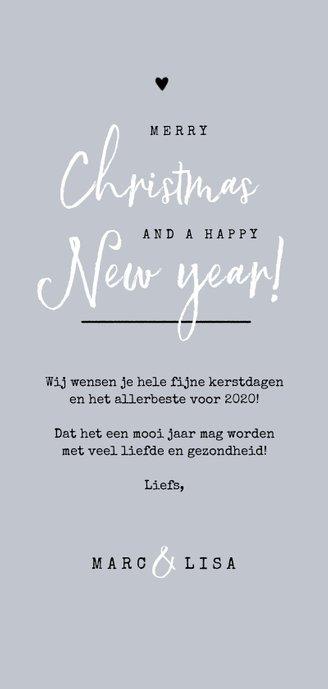 Kerst en nieuwjaarskaart met stipjes eigen foto en dennentak Achterkant