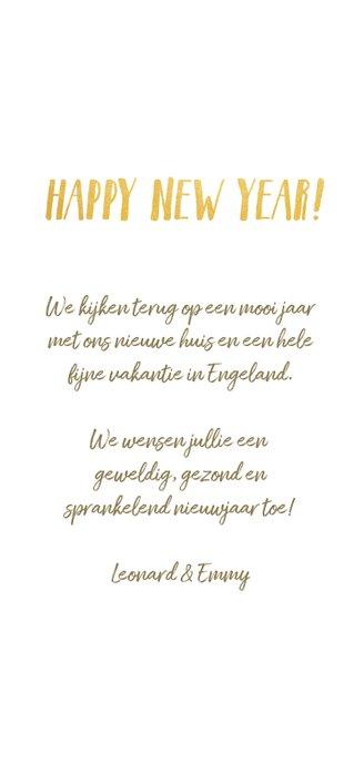 Langwerpige nieuwjaarskaart met fotocollage en jaartal 2020 3