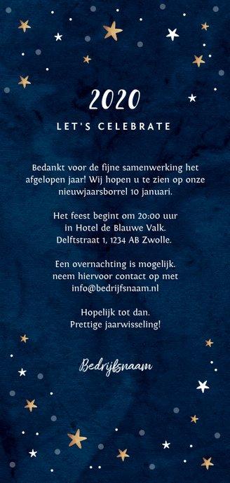 Nieuwjaarskaart borrel goudlook blauw met sterren Achterkant