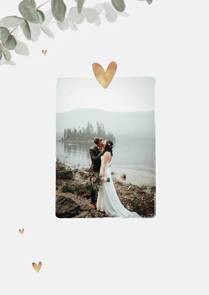 Bedankkaart bruiloft eucalyptus gouden hartjes foto's 2