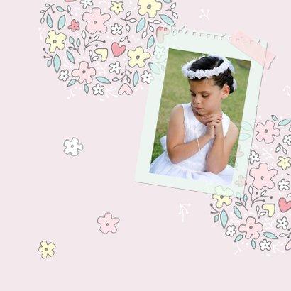 Bedankkaart communiefeest meisje met bloemen 2