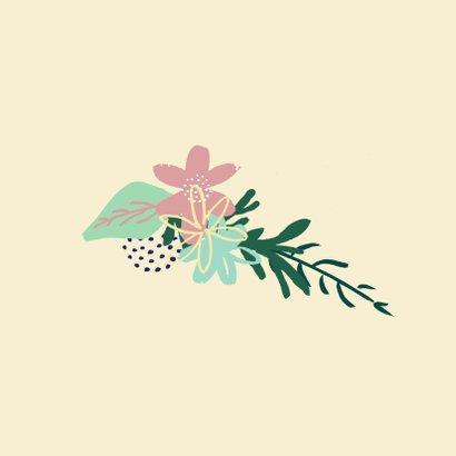 Blanco felicitatiekaart met bloemenkrans 2