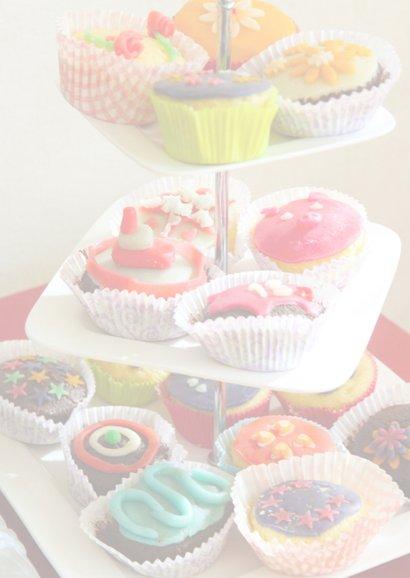 Cadeaubon High Tea met foto van cakejes 2