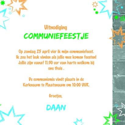 Communie uitnodiging stoer met een muur en sterren 3