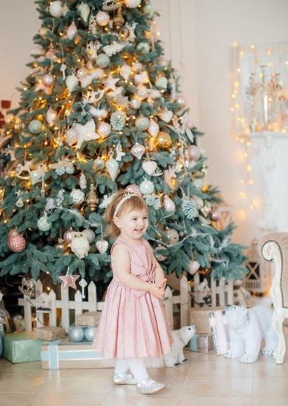 Corona kerstkaart - De wereld op z'n kop kerstboom 2