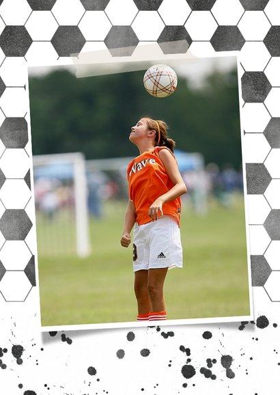 Einladung zum Kindergeburtstag Fußball mit Foto rosa 2