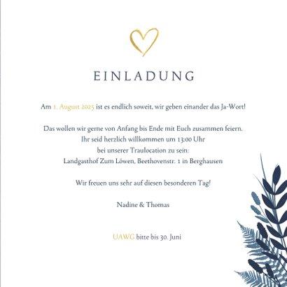 Einladung zur Hochzeit dunkelblau mit Herz und Pflanzen 3