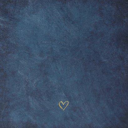 Einladung zur Hochzeit dunkelblau mit Herz und Pflanzen Rückseite