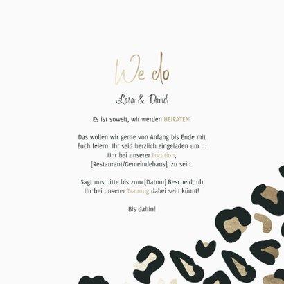 Einladungskarte zur Hochzeit Leopardenmuster & Foto 3