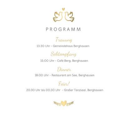 Einladungskarte zur Hochzeit mit goldenen Tauben und Herz 2