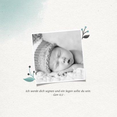 Einladungskarte zur Taufe Foto grüner Blumenkranz 2