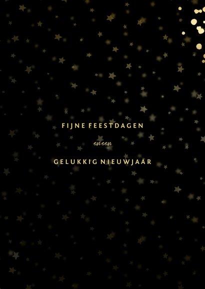 Feestelijke kerstkaart met sterren, foto en gouden confetti 3
