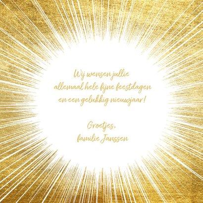 Feestelijke nieuwjaarskaart met gouden ster en typografie 3