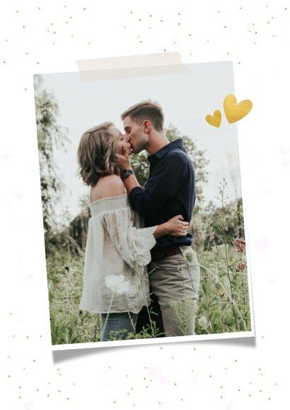 Feestelijke Save the Date kaart met 3 foto's en confetti 2
