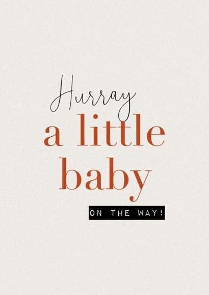 Felicitatiekaart a little baby on the way tekening zwanger 2