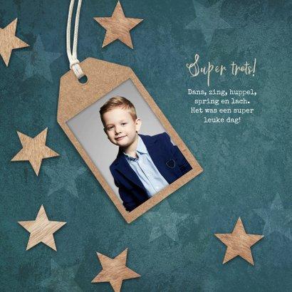 Felicitatiekaart eerste communie label houten sterren blauw 2