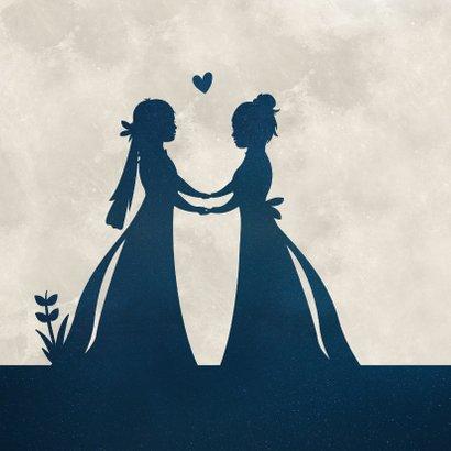 Felicitatiekaart huwelijk - silhouet van 2 vrouwen in maan 2
