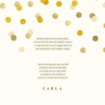 Felicitatiekaart met gouden 'met pensioen' en confetti 3