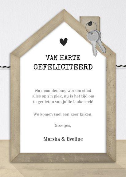 Felicitatiekaart nieuw huis met houten huisje en fotocollage 3