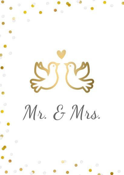 Felicitatiekaart trouwen met gouden duifjes en confetti 2