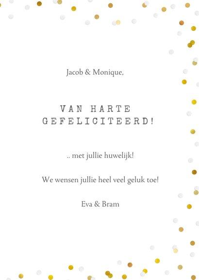 Felicitatiekaart trouwen met gouden duifjes en confetti 3