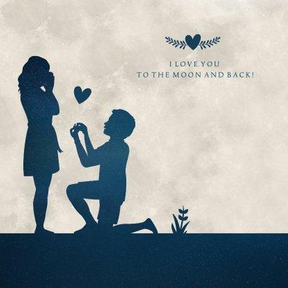 Felicitatiekaart verloving - silhouet van aanzoek in maan 2