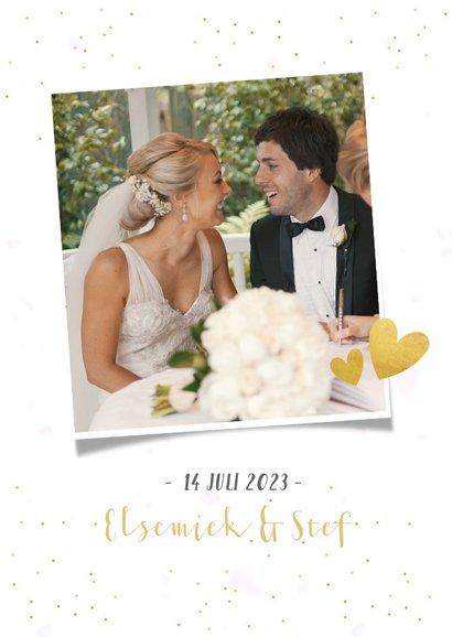 Fotocollage bedankkaartje trouwen met 3 foto's en confetti 2